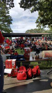 picnic-crowd